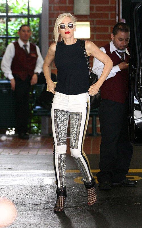 Street Style Gwen Stefani Kobieta Z Rozwianymi W Osami
