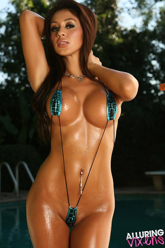 Amateur women in sexy slik