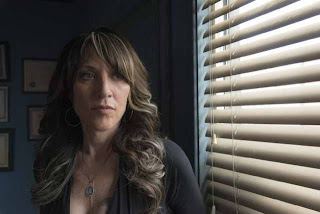 Katey Segal in Sons of Anarchy, ep Straw (season premiere)