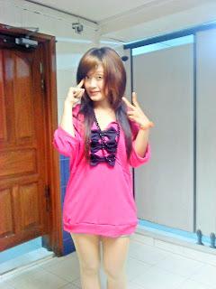 Khmer girl Coca Mini with short jean 4