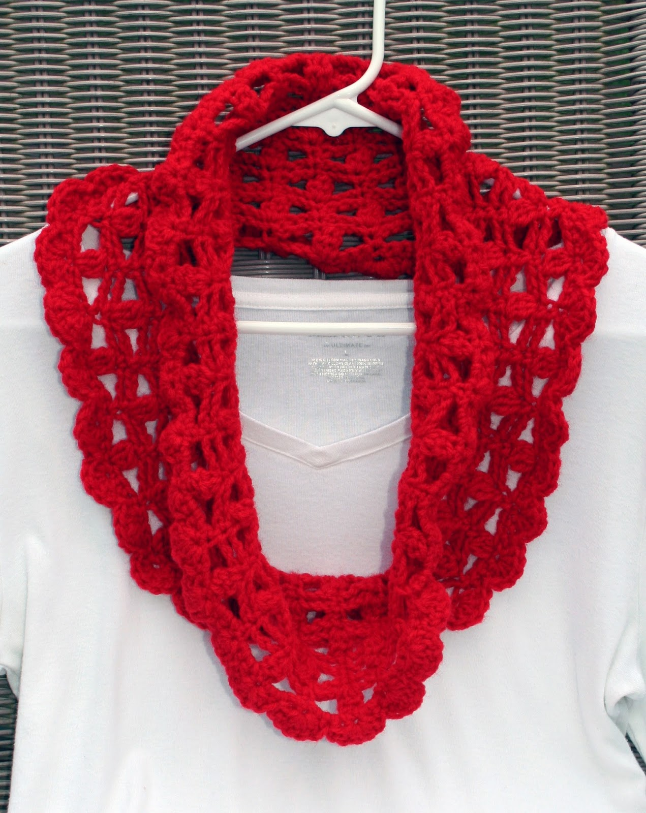 Free Crochet Patterns For Lightweight Scarves : Tampa Bay Crochet: Free Crochet Pattern: Lacy Crimson Cowl ...