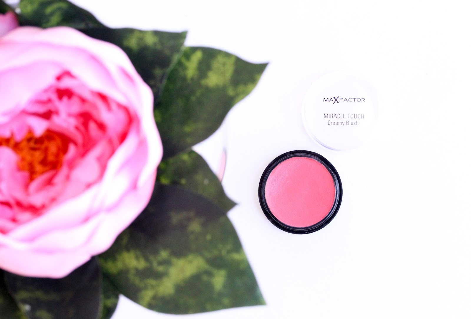 Maxfactor Miracle Touch Creamy Blush in Soft Pink