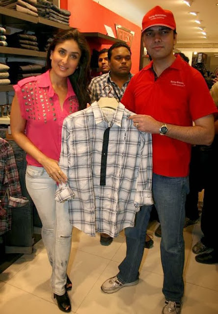 Kareena Kapoor in Pink dress