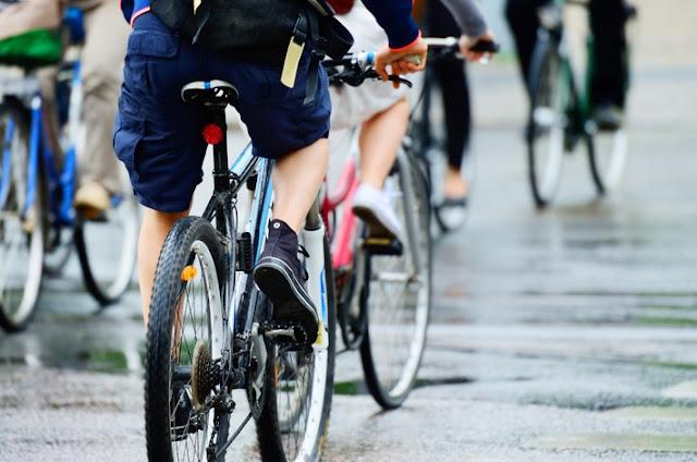 BIKING IN EDSA: Road sharing gets the green light from MMDA