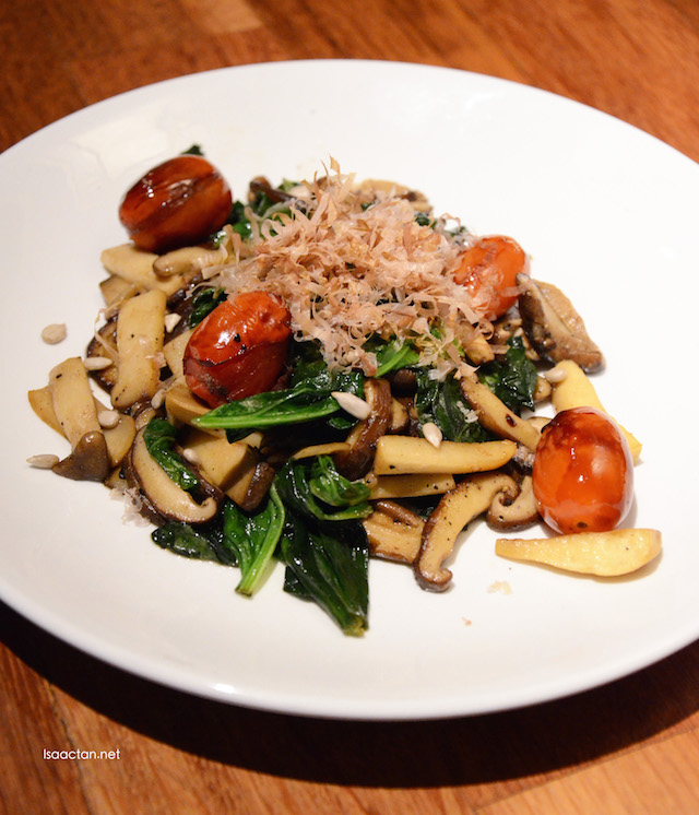 Saute Mushrooms & Baby Spinach - RM20