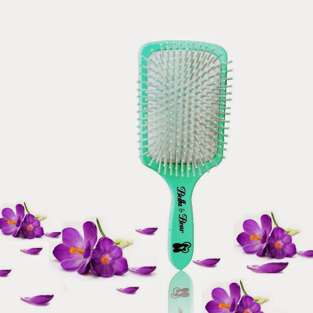 Bella and Bear Paddle Brush review