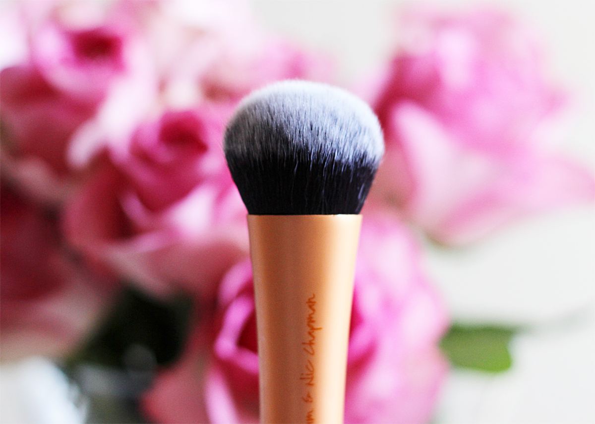 Real Techniques Expert Face Brush Review, beauty blogger cape town, beauty blogger, foundation brush review, real techniques brushes south africa, real techniques south africa