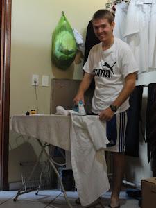 Extreme Ironing in Abaetetuba