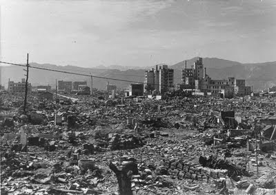 http://1.bp.blogspot.com/-ueekNJq4hRI/TkKAvcwH3rI/AAAAAAAAAKg/2Bjn-ClzCqY/s1600/Hiroshima1aimagepodcast.jpg