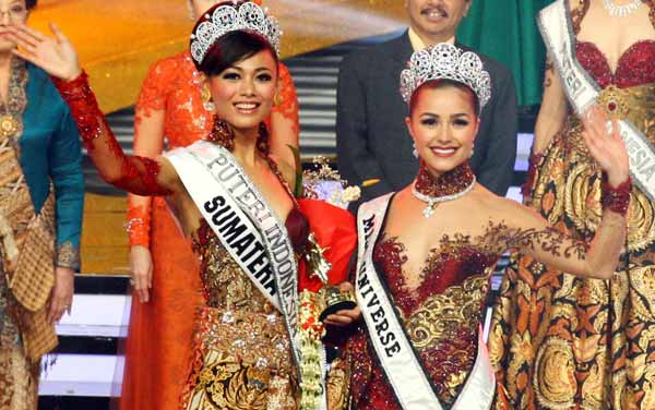 Miss Puteri Indonesia 2013 winner Whulandary Herman