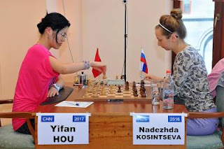 Echecs à Jermuk : Hou Yifan (2617) 1/2 Nadezhda Kosintseva (2516) - Photo © site officiel