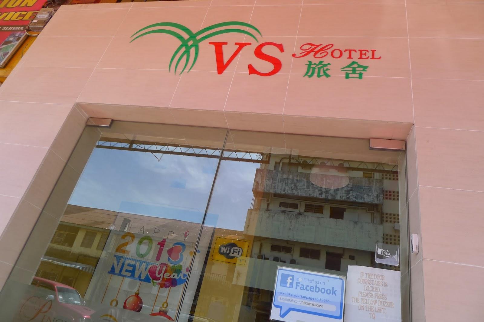 Setel Meletak Barang Di Dalam Bilik Aku Dan Cik L Terus Keluar Dari Hotel Menuju Ke Tempat Makan Tingkat Atas Banggunan Pasar Gantung