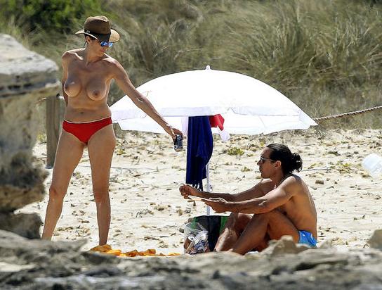 Hermana forzada cogida en la playa