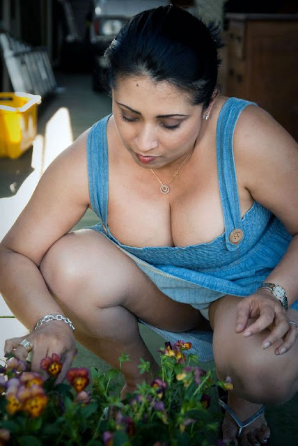 Real life aunty indianudesi.com