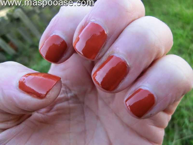 Barry-M-Gelly-Paprika-review