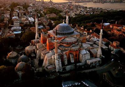 Τι ψάχνουν να βρουν οι τούρκοι στις υπόγειες μυστικές στοές της Αγιάς Σοφιάς;