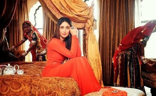 Kareena Kapoor looks hot big cleavage visible