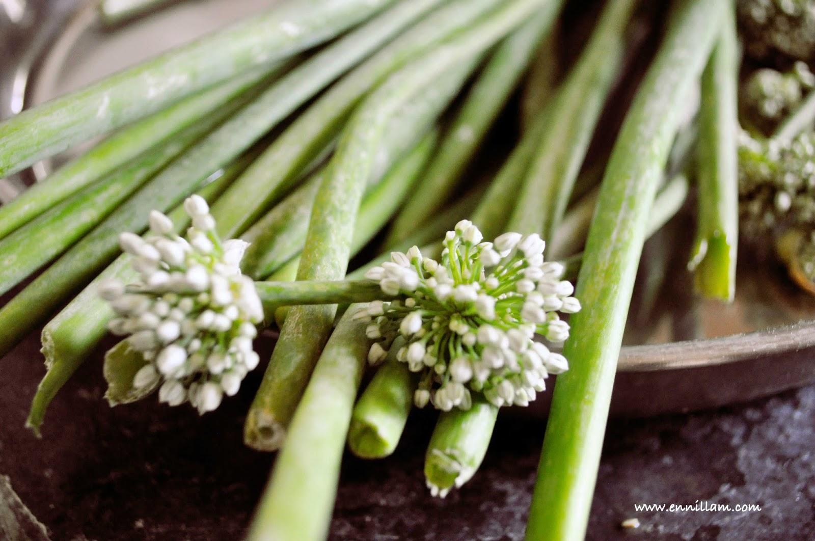 Spring Onions Dry Curry Vengaya Thal Poriyal Balas E Kitchen