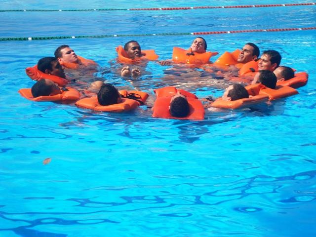 gbmar   grupamento de bombeiros mar timo ten bm renier conclui curso