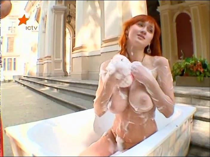 seks-igra-virtualnaya-devushka