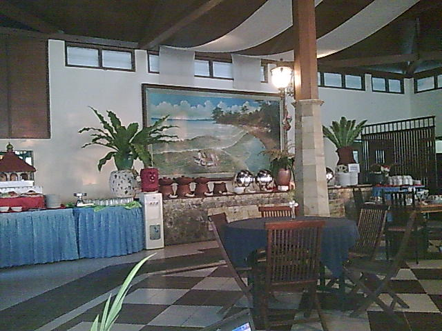 restaurant tampak dari dalam