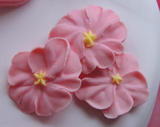tarta fondant detalle flores