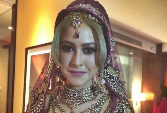 Eina Azman Dikecam Pakai Baju Bollywood Rambut Kuning Ketika Nikah