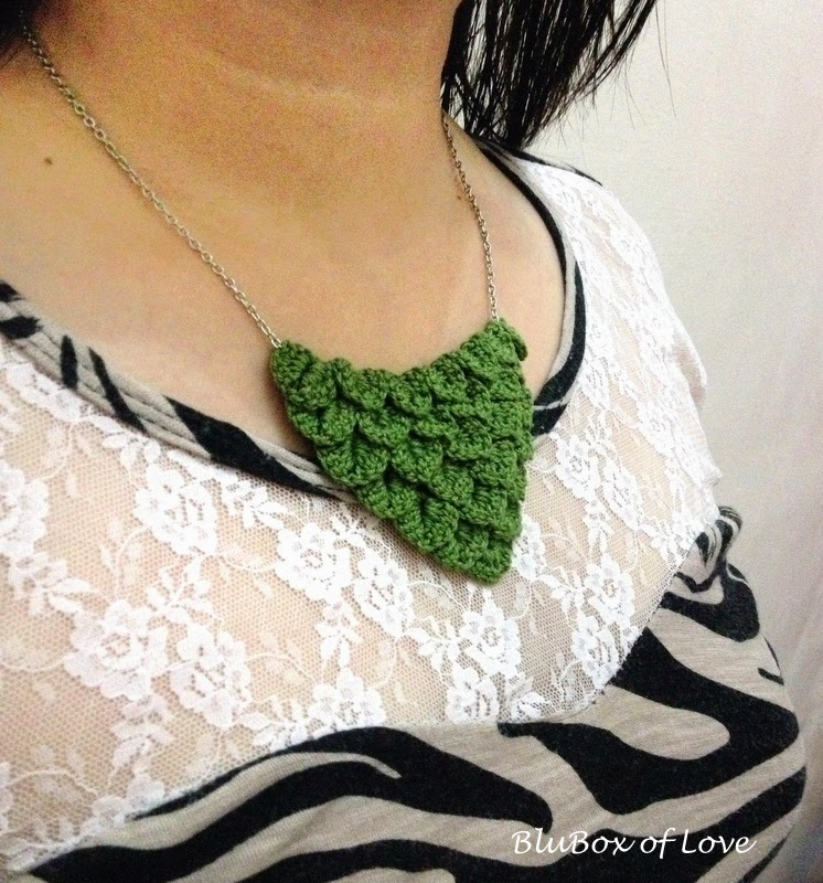 Simple Crocheted Necklace - front view