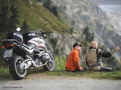 motos-mujeres-trail-turismo-wallpaper-bmw-futbol