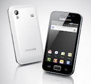 La fiche technique du Galaxy Ace commercialisé par Samsung liste cidessous .