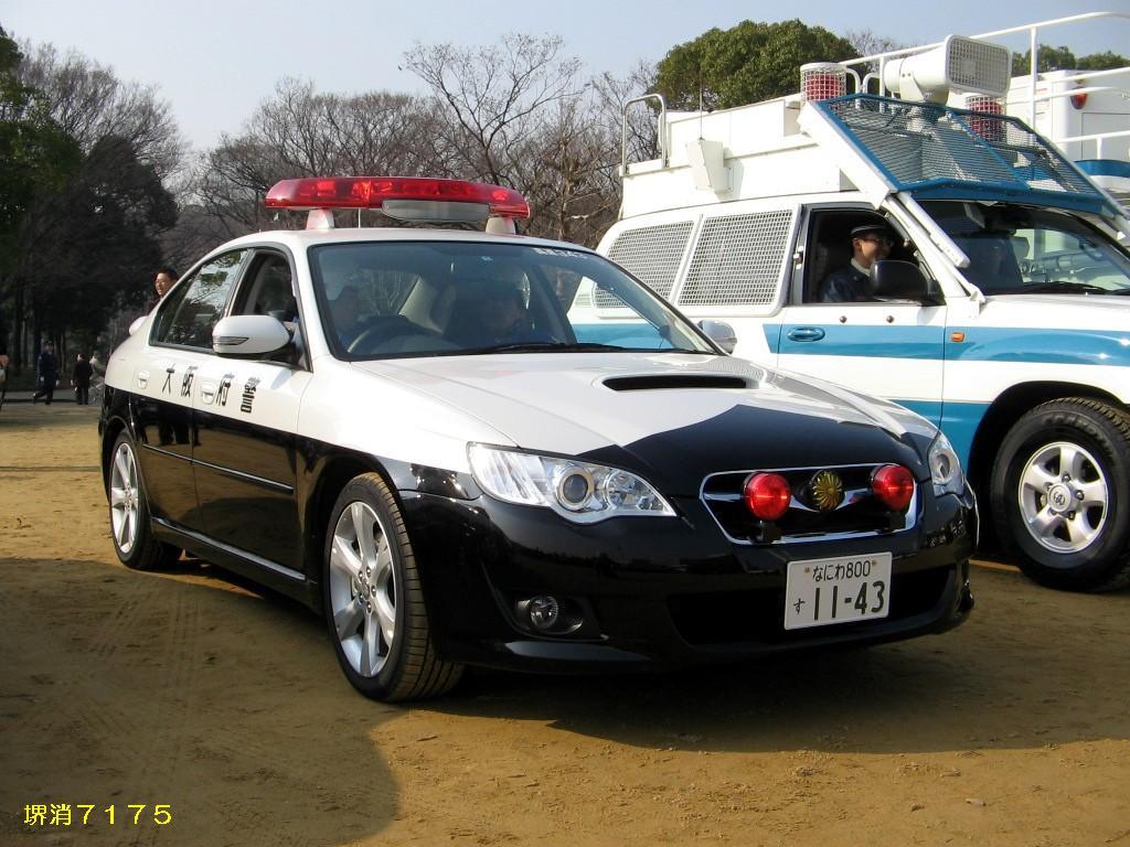 Subaru Legacy B4 police  警察 japoński policyjny samochód