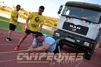 Georgi Dounsashvilli arrastra un camión