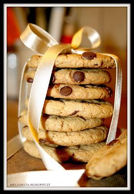 biscotti burro zucchero e gocce di cioccolato