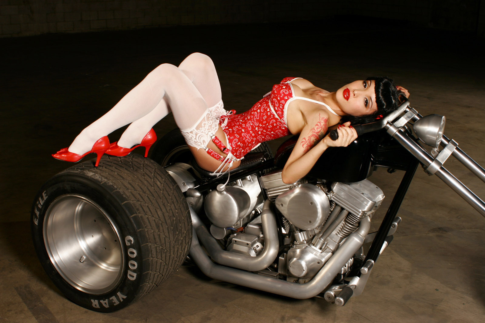 motorcycles on Nude pin up girls