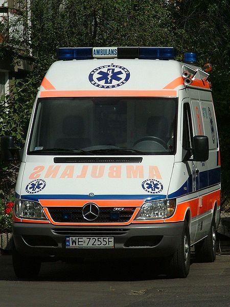 Gambar Mobil Ambulance 02