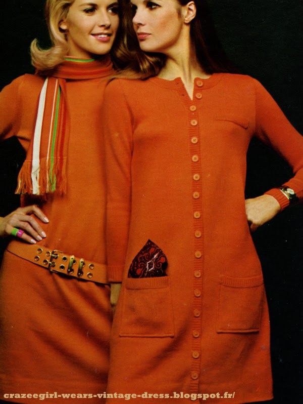 vintage 1960 60s 60's années 60 sixties mod twiggy gogo  Tailleur jupe en shetland / knit suit skirt , Sonia Rykiel  Sous pull  / polo-neck sweater , Prisunic  Montre de gilet / Large watch , Old England i guess     well done Twiggy ! robe pull et robe cardigan à manches longues et jersey Woolmark / knit sweater dress , Dorothée Bis  écharpe / scarf , Timwear chez Claude Gilbert  ceinture / belt , Laura Robe pull jaune à poches basses et ourlet à côtes / yellow knit dress , Hit Parade  robe fourreau verte sans manches , col et poche à rayures / green knit shift dress with striped pocket and collar , Korrigan chez Jean Destre  Montres / watch , Catherine Chaillet chez Victoire Gilet sur jupe à panneaux / knit suit , cardigan and skirt  , Dorothée Bis  chemisier en coton / shirt , Dorothée Bis  large cravate rayée / large striped neck tie , M.G Store Pull emmanchures découpées au carré / sleeveless knit top  , Korrigan chez Monique Pardina  jupe trapèze / flared skirt , Laura  Montre / Watch , Catherine Chaillet chez Victoire Robe polo noire en tricot à large patte boutonnée et liseré blanc , poches basses / black knit shirt dress with white trim , Sonia Rykiel pour Laura Robe pull avec col roulé / knit sweater dress , Magoo mini robe en tricot , poches tablier au dessous des hanches / mini knit dress , Sonia Rykiel pour Laura