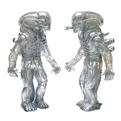 Designer Con 2015 Exclusive Silver Phantom Alien Popy Vinyl Figure by Super7 & Secret Base