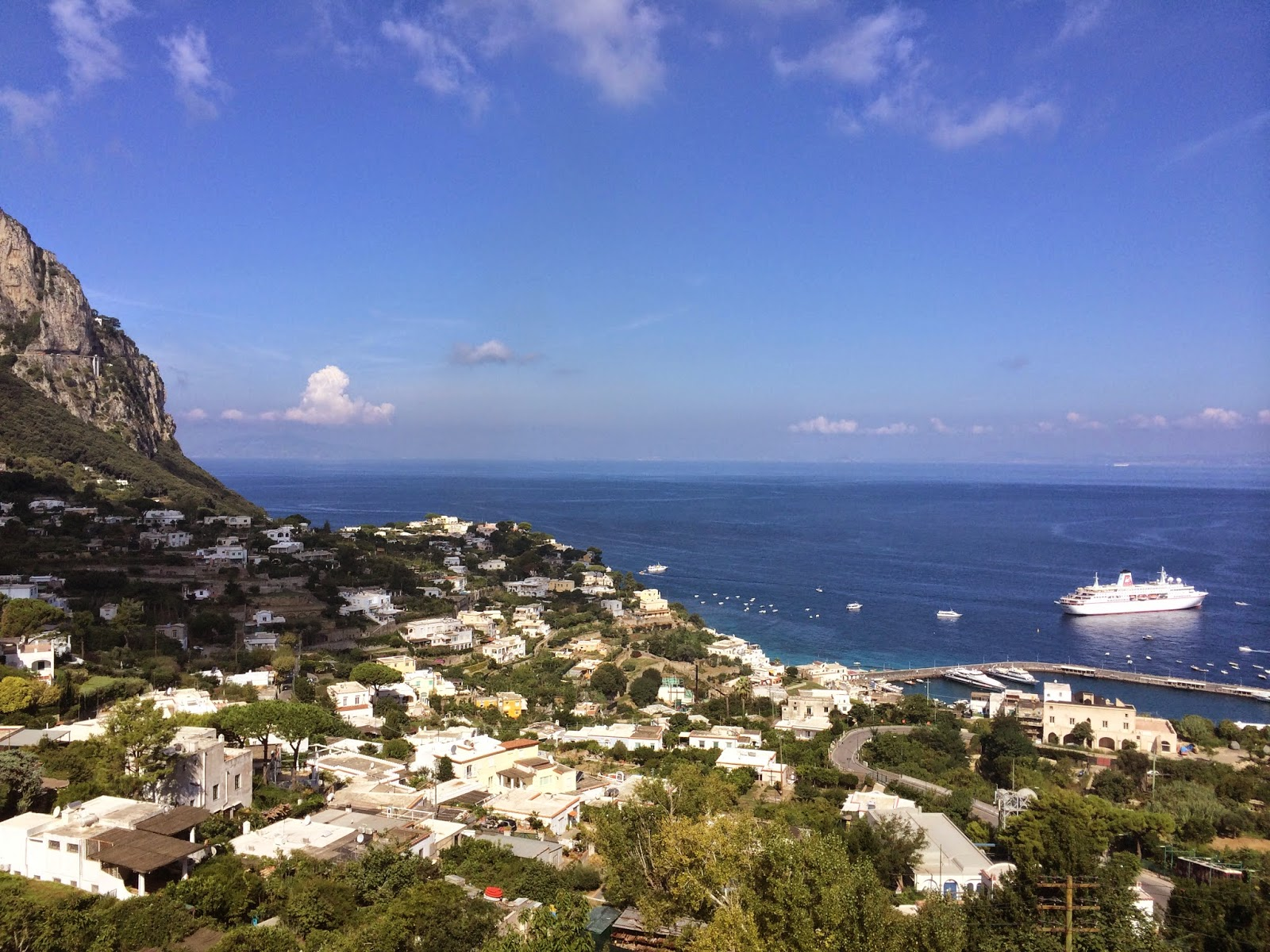 View-from-the-hills-in-capri