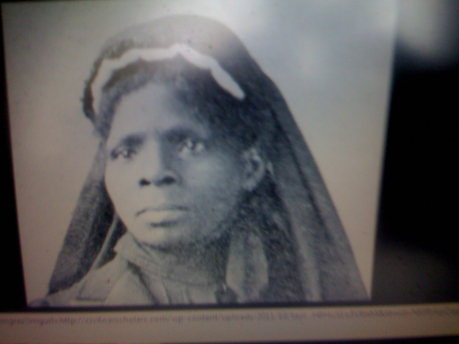 susie king taylor Social activist, nurse (black clara barton) during the civil war, teacher, laundress, and domestic worker who organized african american women, including sojourner truth (see also) and harriet tubman, to care for sick and wounded black soldiers during the civil war susie king taylor was born a.