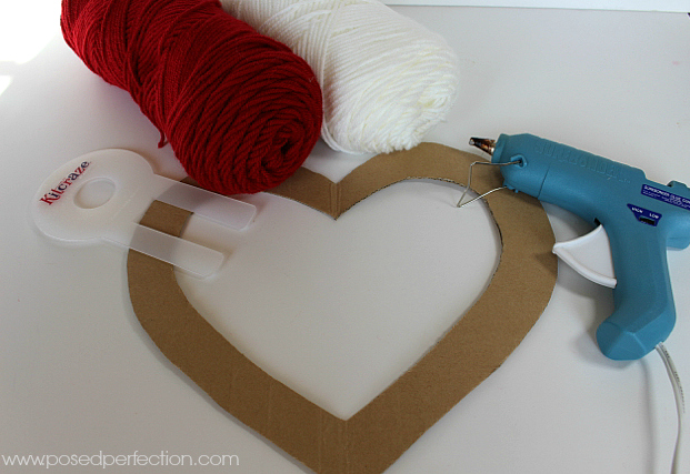 How to Make a Pom-Pom Heart Wreath Supplies