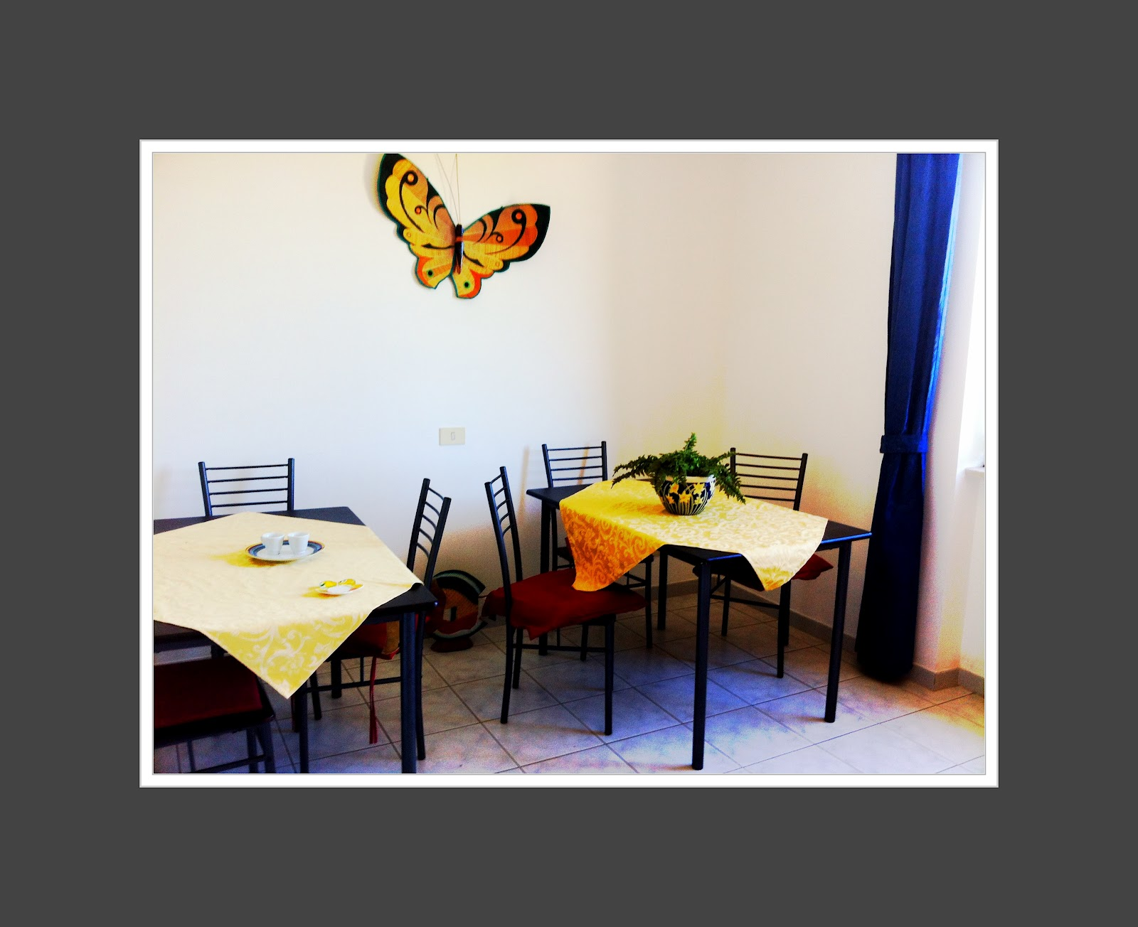 Casa di palma villa stefania ventotene cucina con for Cucina con sala da pranzo
