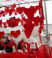 Rood ondergoed, goed voor de liefde!