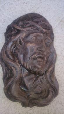 SUVENIR za zid -Isus, veličina19 cm(visina),12cm je širina(debljina figurice je oko 4cm)