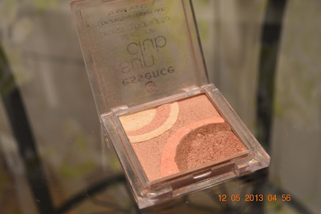 Essence Sun Club All-In-One bronzing highlighter. For eyes, face and body