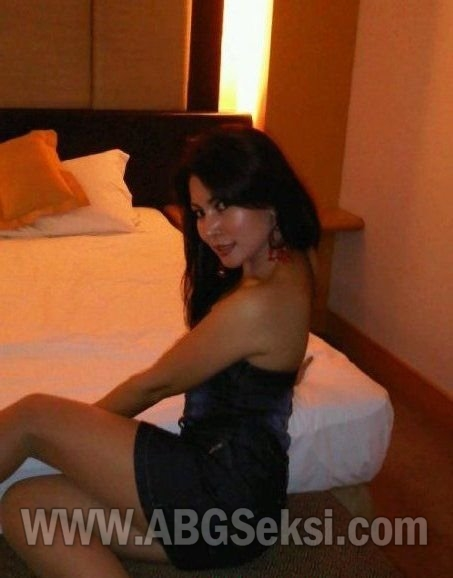 foto tante girang hot nakal 1