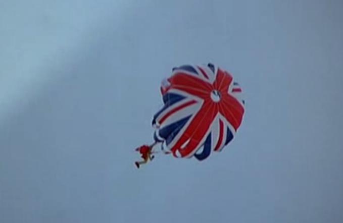 http://1.bp.blogspot.com/-uimZdznbUDo/TtZkgfKZFsI/AAAAAAAAAOY/K7ZLyDAmCGg/s1600/spy-who-loved-me-parachute.jpg