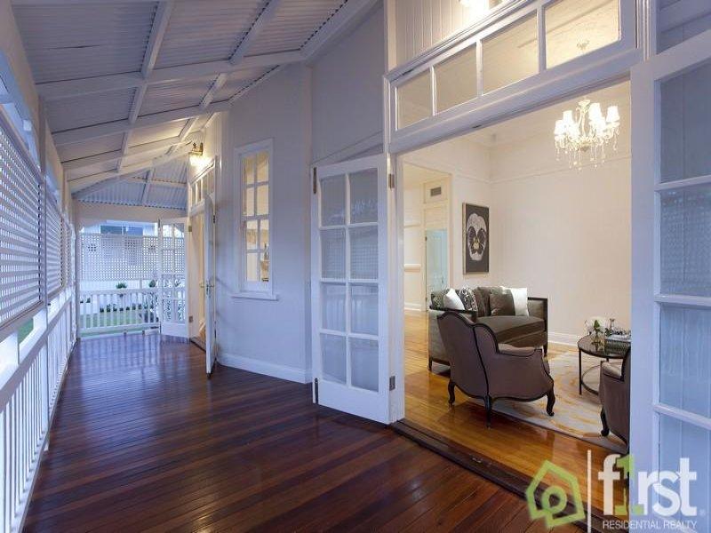 A view on design east brisbane classic queenslander home for Kitchen ideas for queenslanders