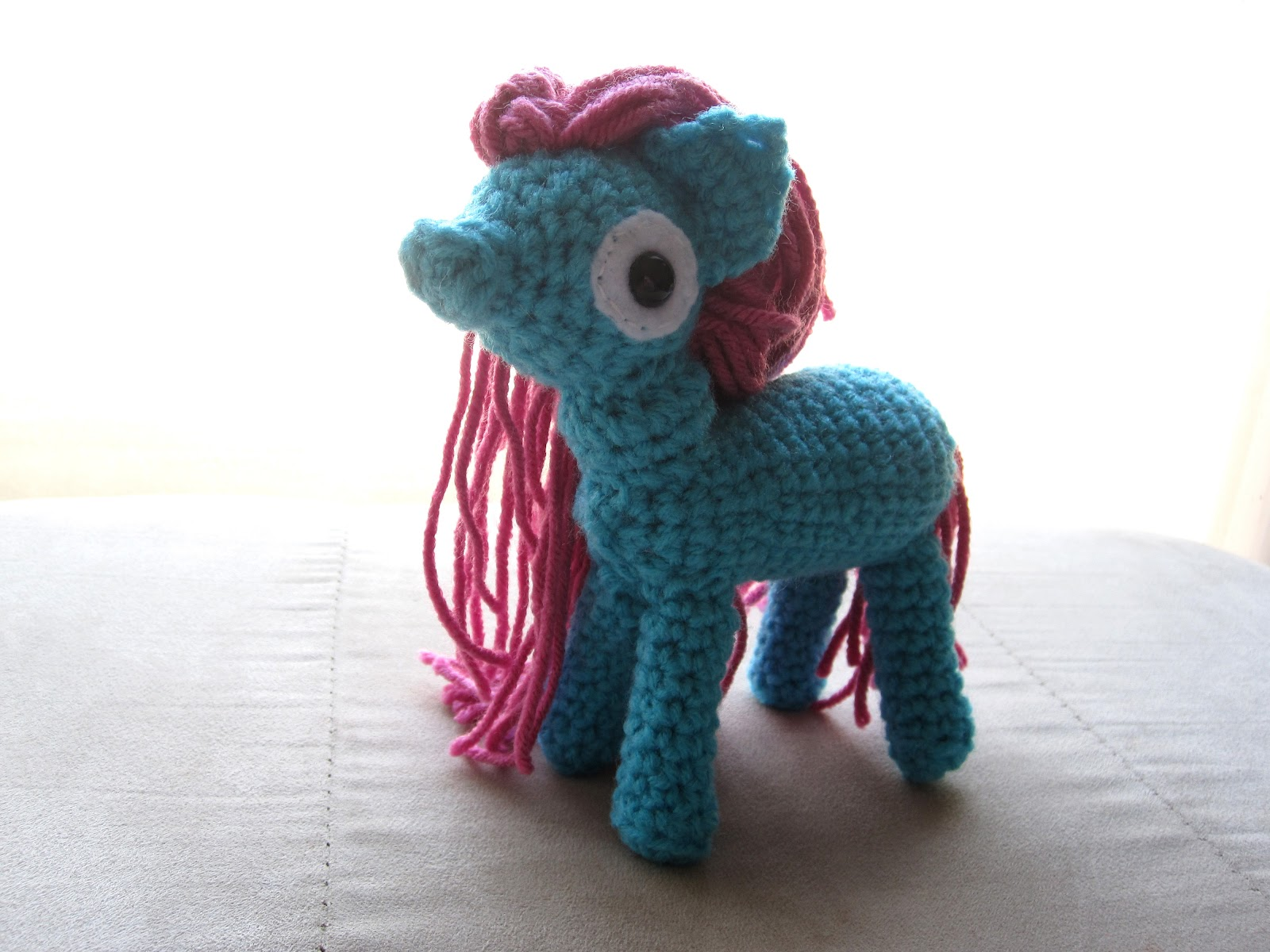 Amigurumi Pony : xX The Catalope Blogs Xx: Pony Amigurumi Doll - March 2012