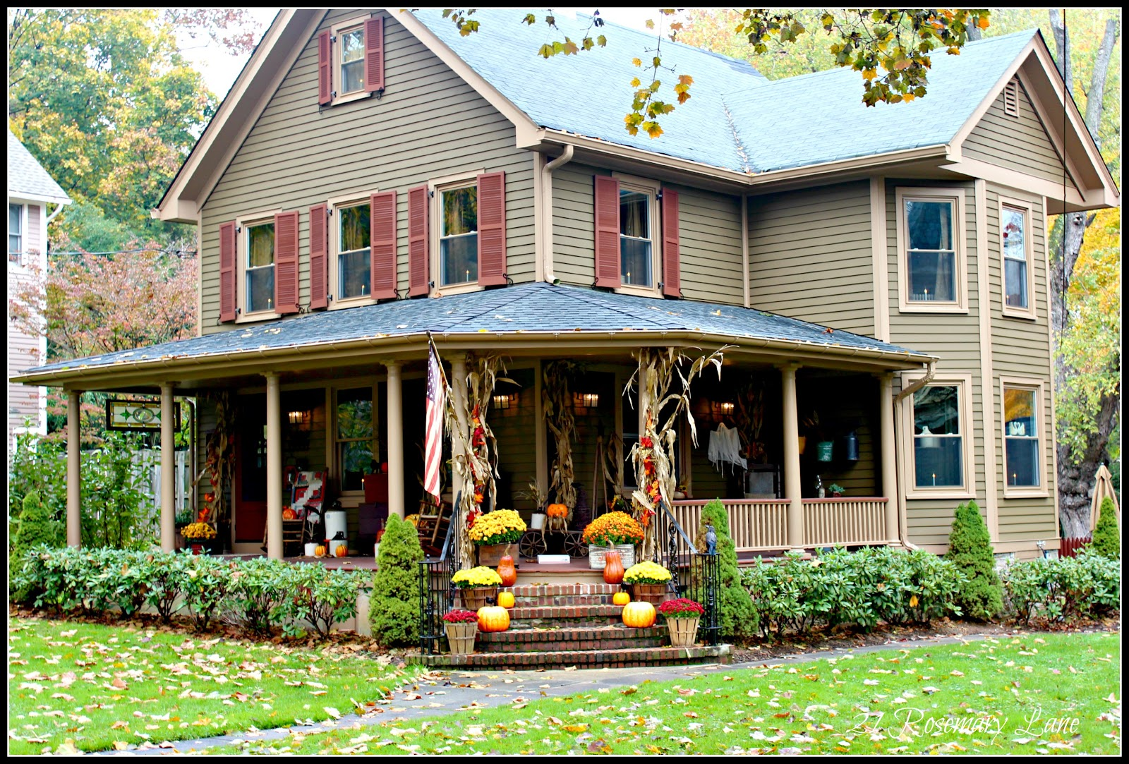 Fall halloween wrap around porch porches pinterest for Rap around porch