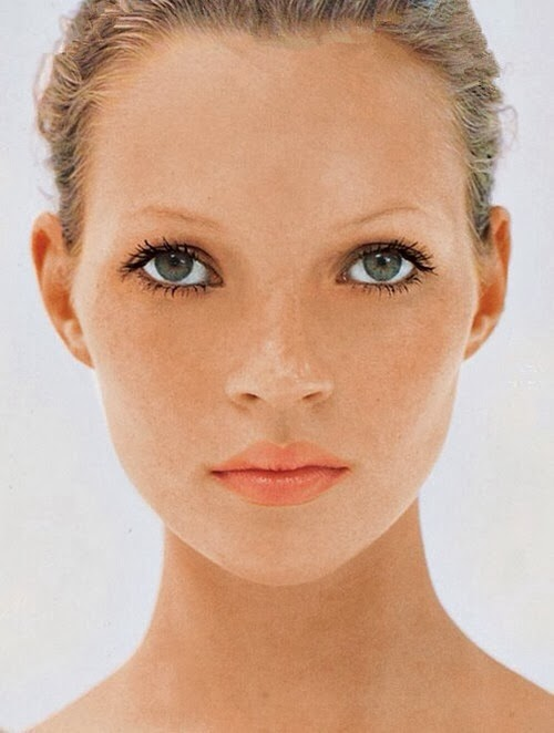 kate moss first vogue cover